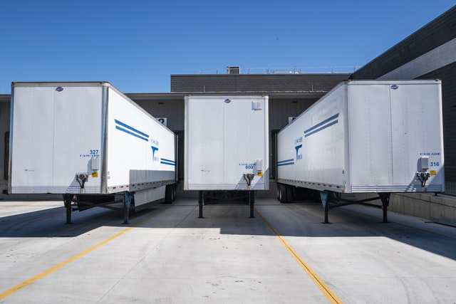 Custom Built Gooseneck Trailers: How To Know Which One Is Right For You