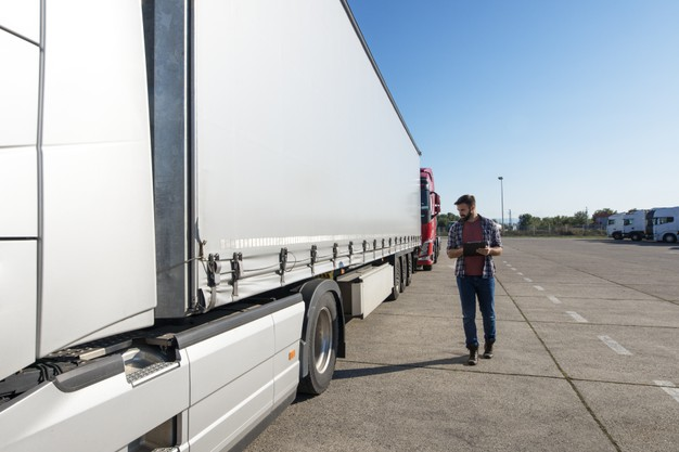 Dos and Don'ts to Get the Right Gooseneck Trailer Clearance